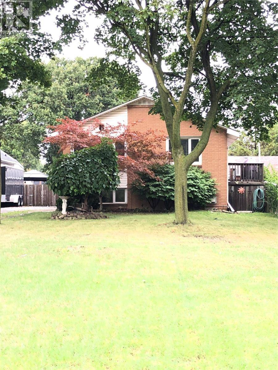 Windsor Bi Level Home 3 Bed 1 75 Bath Plan 1442 Sf Priced: 686 Grand Marais East, Windsor — For Sale @ $249,900
