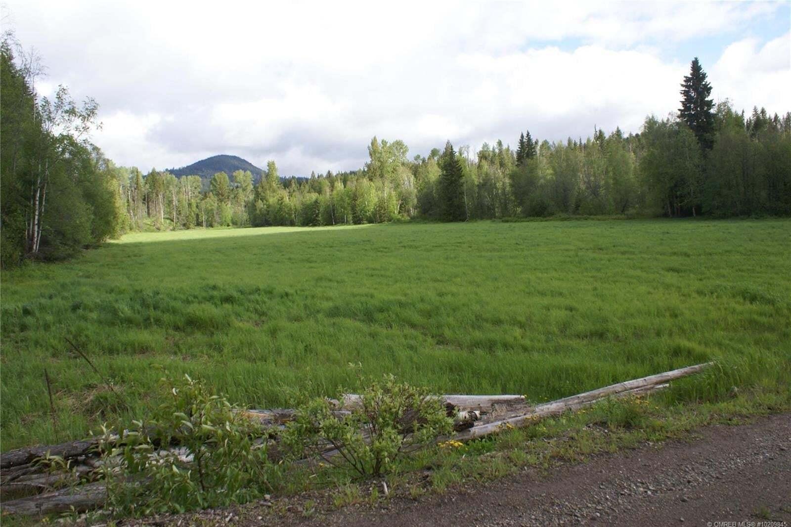 Home for sale at 6861 Martin Prairie Rd Falkland British Columbia - MLS: 10209845