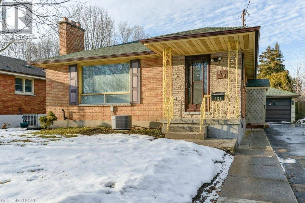 House for sale at 688 Brant St London Ontario - MLS: 243160