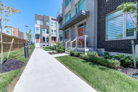 Condo for sale at 31 Applewood Ln Unit 69 Toronto Ontario - MLS: W4501189