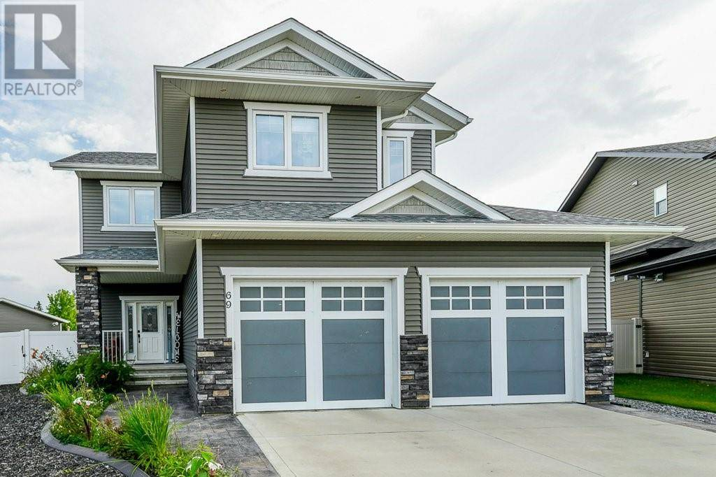 69 Connaught Crescent, Red Deer | Image 1