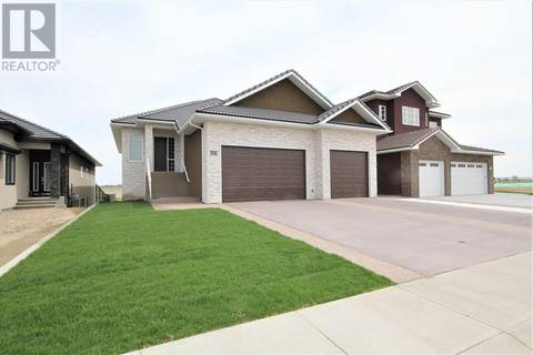 House for sale at 69 Dunes Wy Sw Desert Blume Alberta - MLS: mh0149628