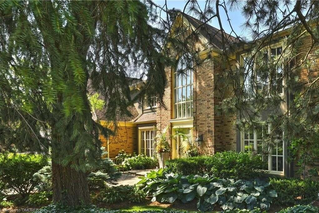 House for sale at 69 Flanders Dr Waterdown Ontario - MLS: 30819759