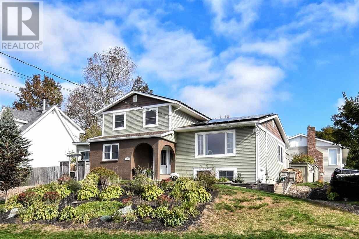 House for sale at 69 Gourok Ave Dartmouth Nova Scotia - MLS: 202021326