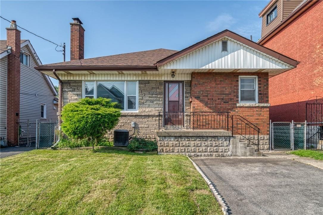 House for sale at 69 Melbourne St Hamilton Ontario - MLS: H4093612