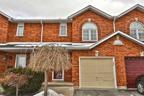 Townhouse for sale at 69 Pinewoods Dr Hamilton Ontario - MLS: X4697535