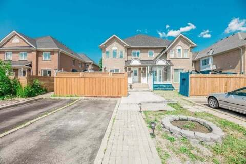 Townhouse for sale at 69 Quail Feather Cres Brampton Ontario - MLS: W4817626