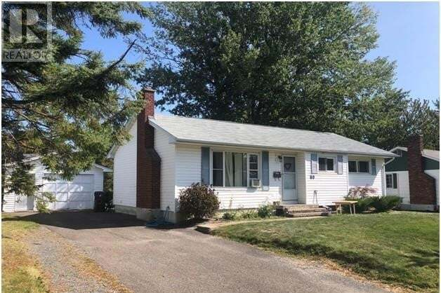 House for sale at 69 Southampton Dr Fredericton New Brunswick - MLS: NB049860