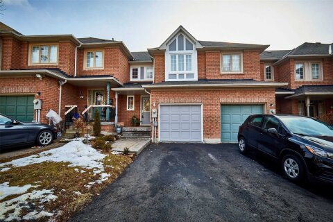 Townhouse for sale at 69 Twigg Dr Ajax Ontario - MLS: E5086504