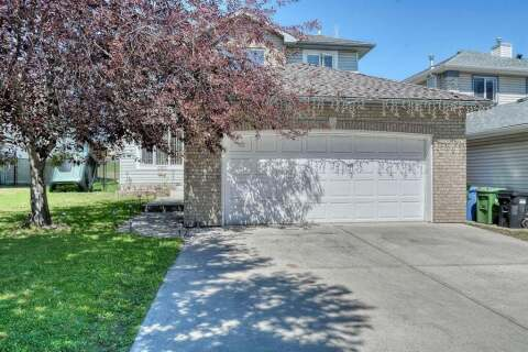 House for sale at 690 Panorama Hills Dr NW Calgary Alberta - MLS: A1018357