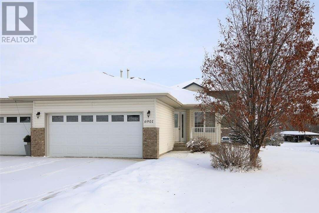 Townhouse for sale at 6901 Cobb St Lacombe Alberta - MLS: ca0184774