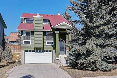 House for sale at 6904 Coach Ridge Rd Southwest Calgary Alberta - MLS: C4236049