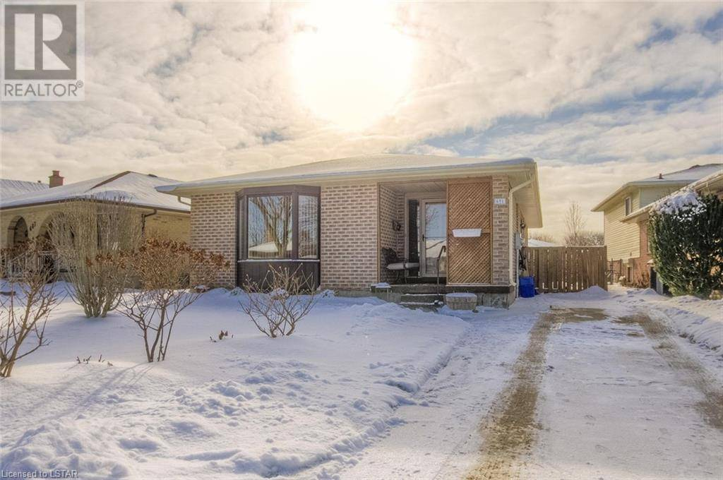 House for sale at 691 Classic Dr London Ontario - MLS: 240402