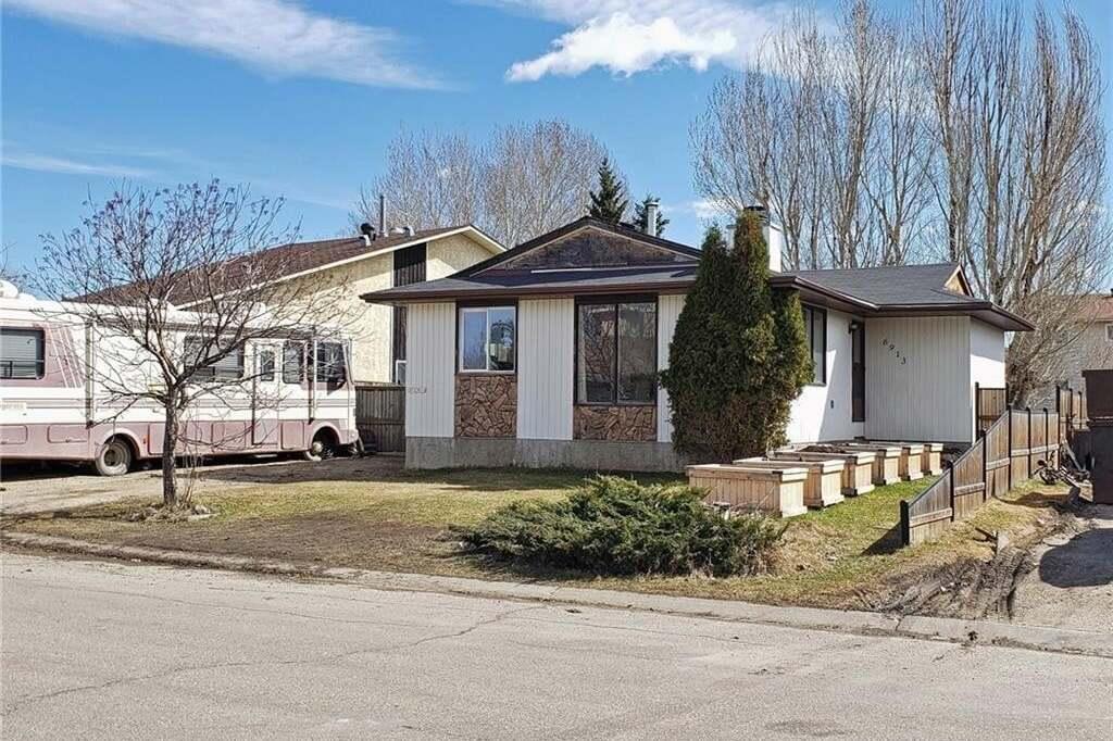 House for sale at 6913 98 St Grande Prairie Alberta - MLS: GP215588