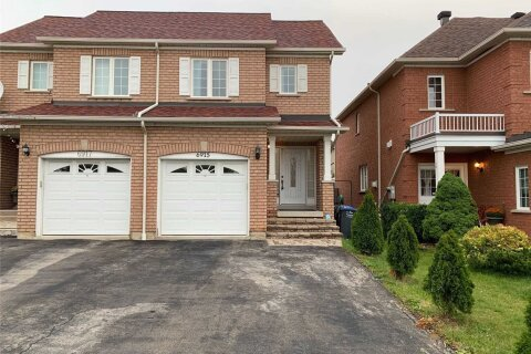Townhouse for rent at 6915 Tassel Cres Mississauga Ontario - MLS: W4977628