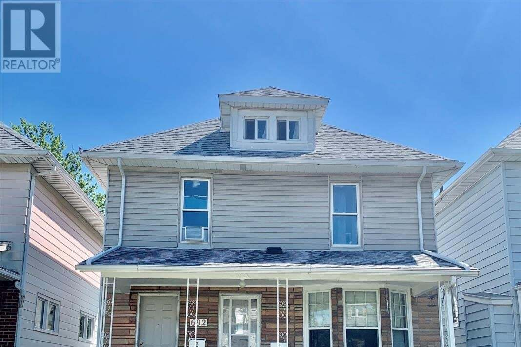 Townhouse for sale at 692 Moy  Windsor Ontario - MLS: 20009298