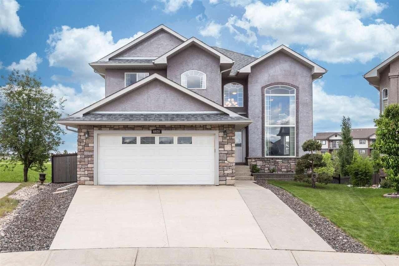 House for sale at 6920 17 Av SW Edmonton Alberta - MLS: E4199998