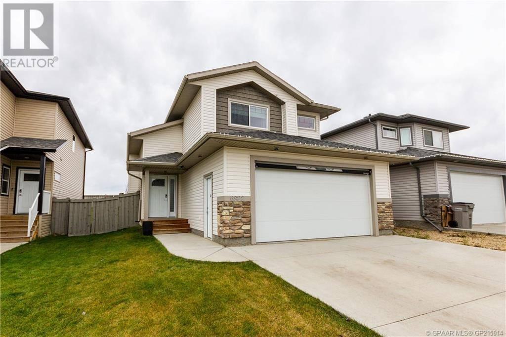 House for sale at 6922 115b St Grande Prairie Alberta - MLS: GP215014