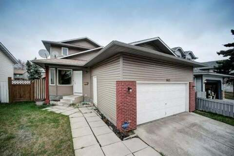 House for sale at 6922 26 Ave Northeast Calgary Alberta - MLS: C4295924