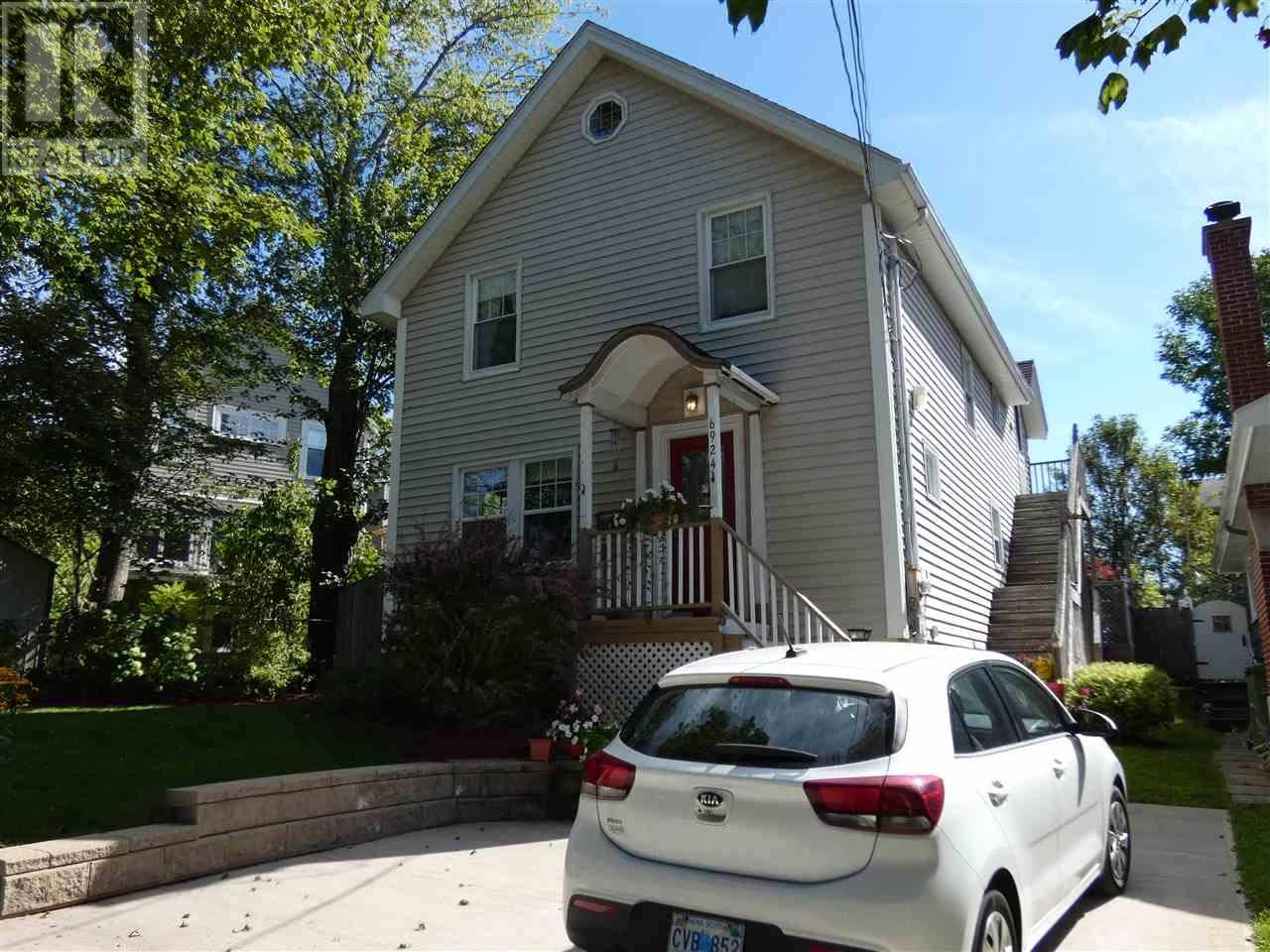 House for sale at 6924 Patricia St Halifax Nova Scotia - MLS: 201922602