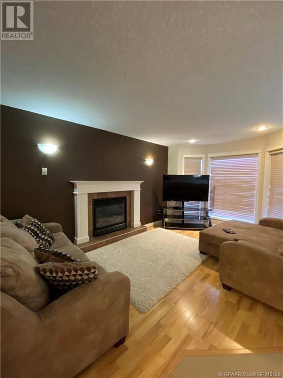 6925 88 Street, Grande Prairie | Image 2