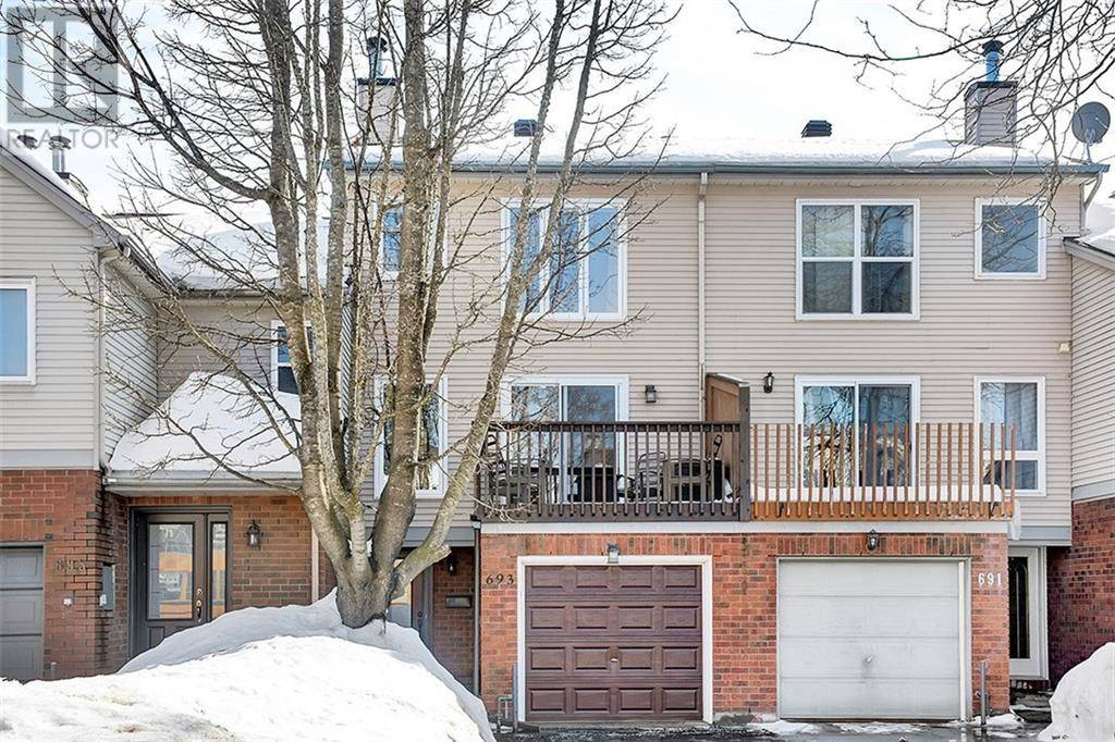 Townhouse for sale at 693 Brome Cres Ottawa Ontario - MLS: 1183795