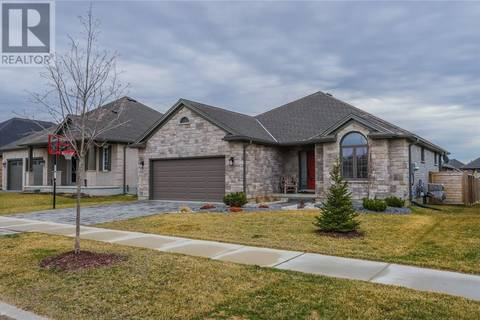 House for sale at 693 Newman Dr Mount Brydges Ontario - MLS: 198415