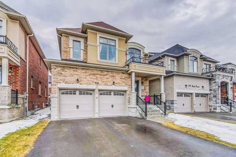 House for sale at 693 Yarfield Cres Newmarket Ontario - MLS: N4396409