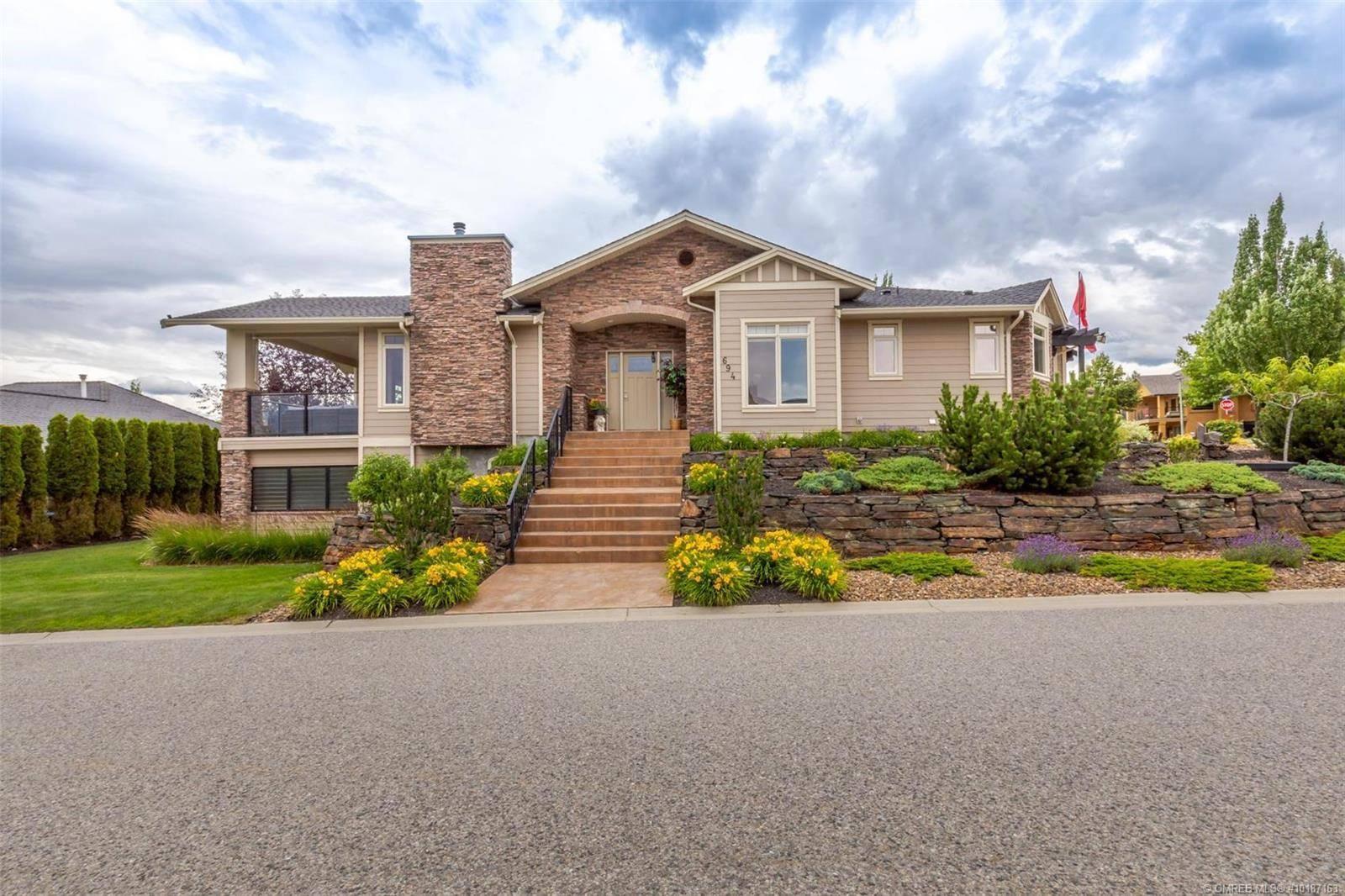 House for sale at 694 Almandine Ct Kelowna British Columbia - MLS: 10187163