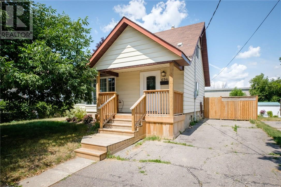 Removed: 694 Hawley Street, Peterborough, ON - Removed on 2018-08-11 07:24:33