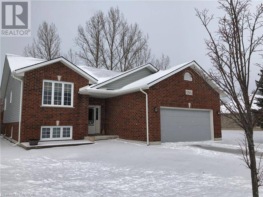 House for sale at 694 Mcgaw Dr Kincardine Ontario - MLS: 239865