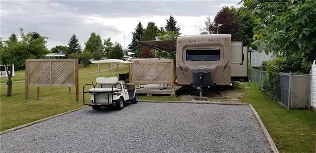 Home for sale at 695 Carefree Resort  Rural Red Deer County Alberta - MLS: C4284974