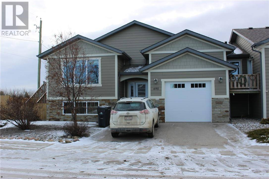 Townhouse for sale at 695 Northridge Ave Picture Butte Alberta - MLS: ld0185459
