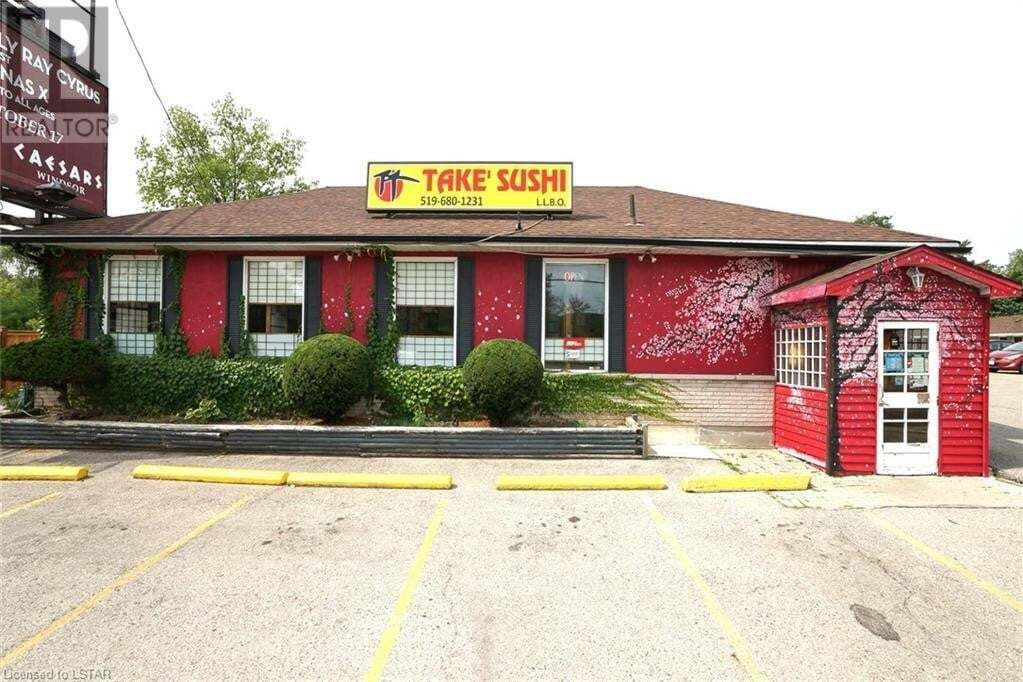 Commercial property for sale at 697 Wellington Rd London Ontario - MLS: 262104