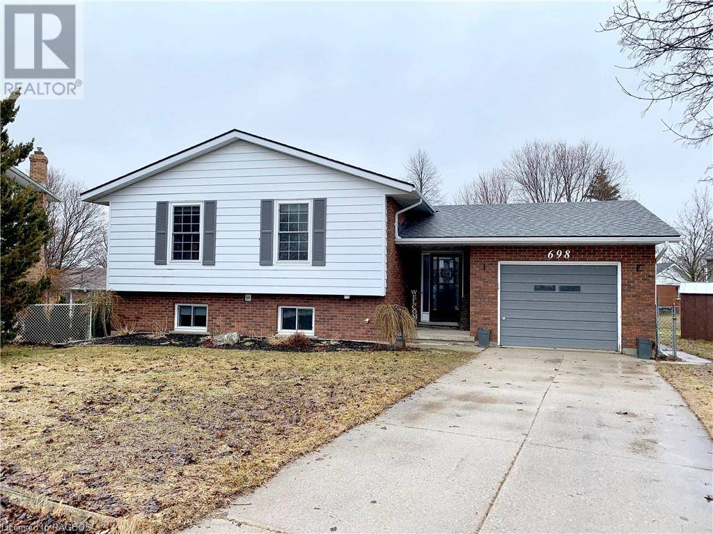 House for sale at 698 15th Street Cs Hanover Ontario - MLS: 247167