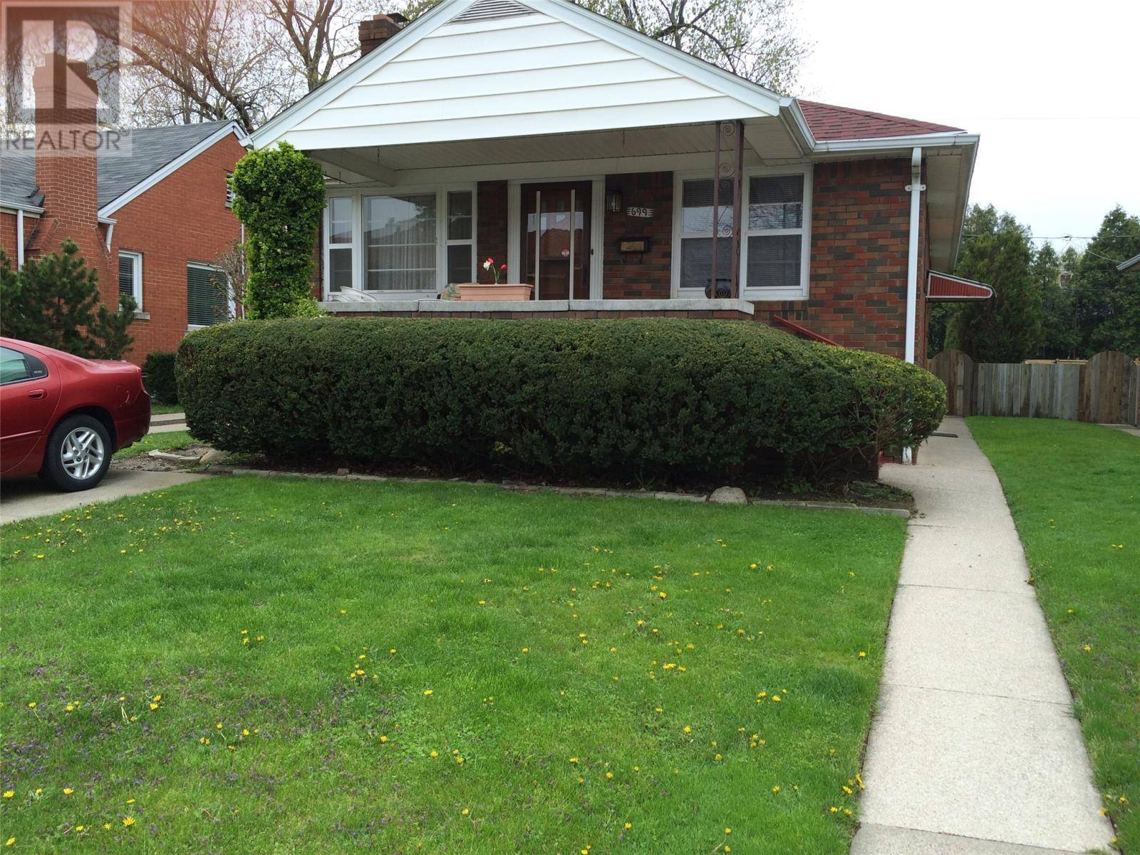 House for sale at 699 Indian Rd Windsor Ontario - MLS: 20002946