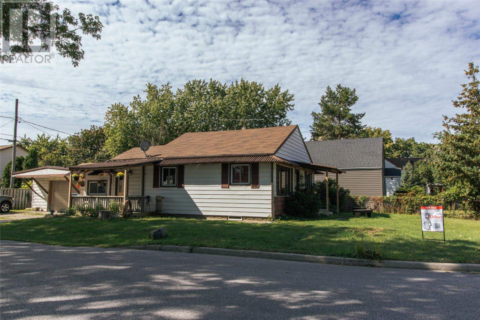 Removed: 699 South Pacific Avenue, Windsor, ON - Removed on 2019-09-11 06:12:10