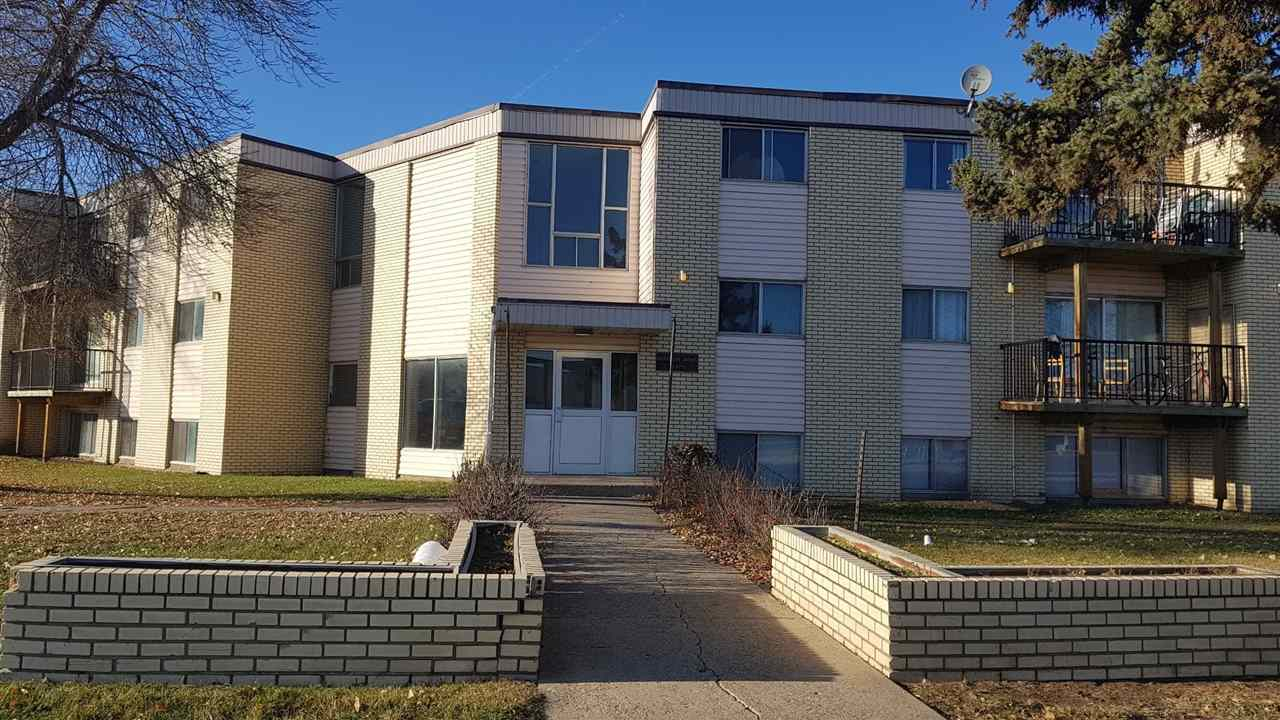 Buliding: 13220 Fort Road, Edmonton, AB