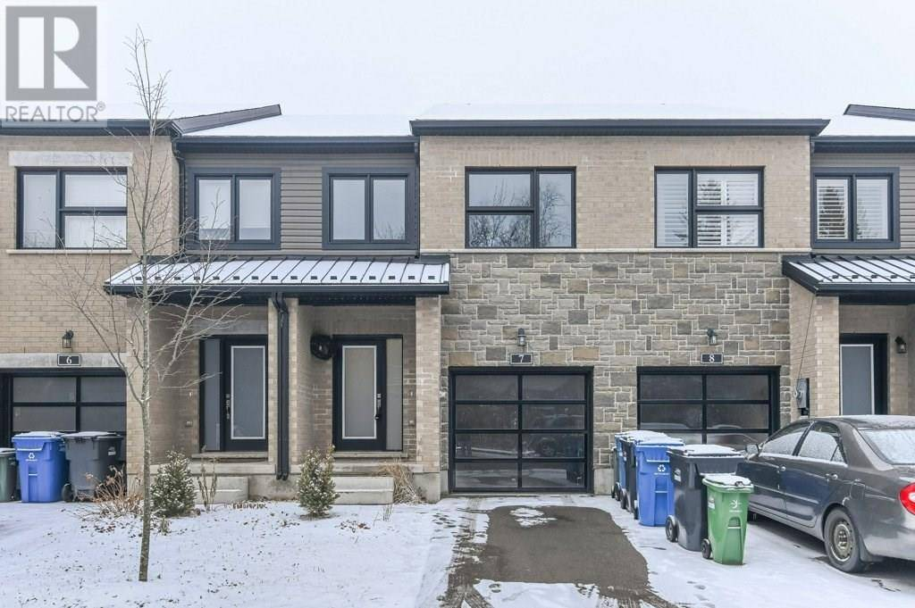 Townhouse for sale at 10 Vaughan St Unit 7 Guelph Ontario - MLS: 30785433
