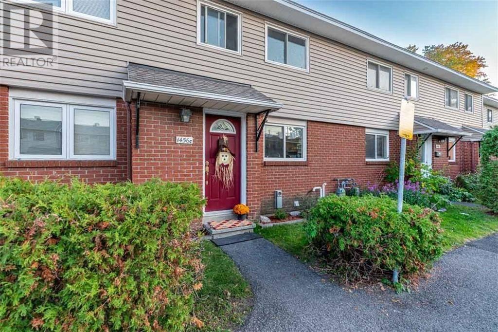 Townhouse for sale at 1456 Heatherington Rd Unit 7 Ottawa Ontario - MLS: 1172065