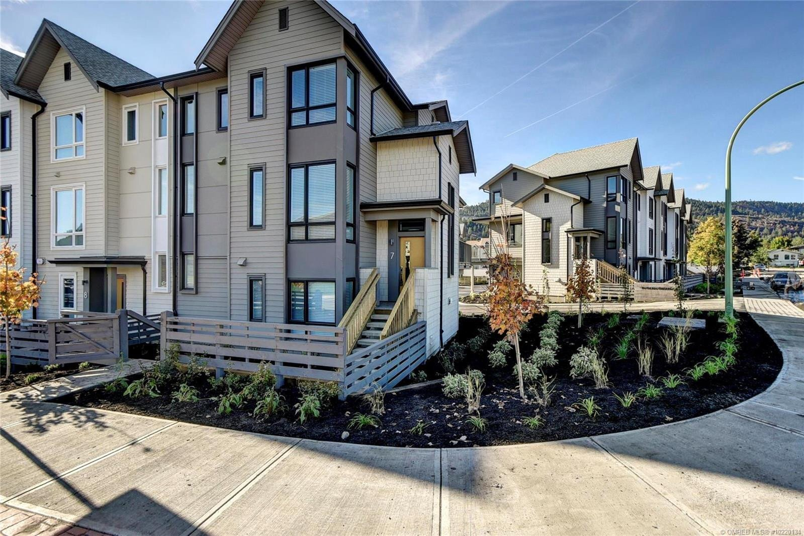 Townhouse for sale at 170 Celano Cres Unit 7 Kelowna British Columbia - MLS: 10220134