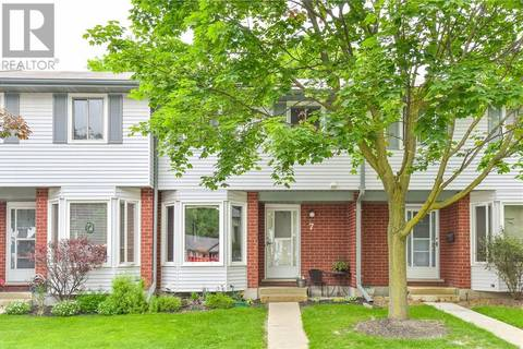 Townhouse for sale at 219 Kingswood Dr Unit 7 Kitchener Ontario - MLS: 30743097