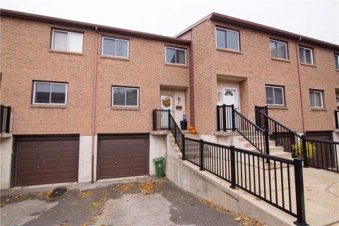 Townhouse for sale at 250 Magnolia Dr Unit 7 Hamilton Ontario - MLS: H4091696