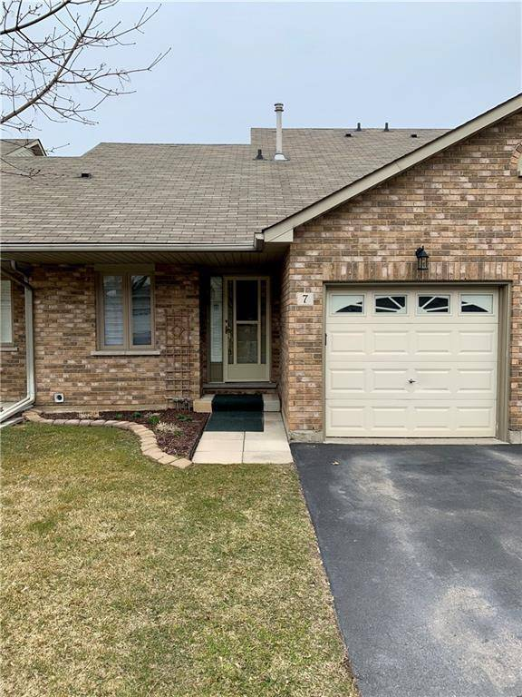 Townhouse for sale at 2774 King St Unit 7 Hamilton Ontario - MLS: 30798881