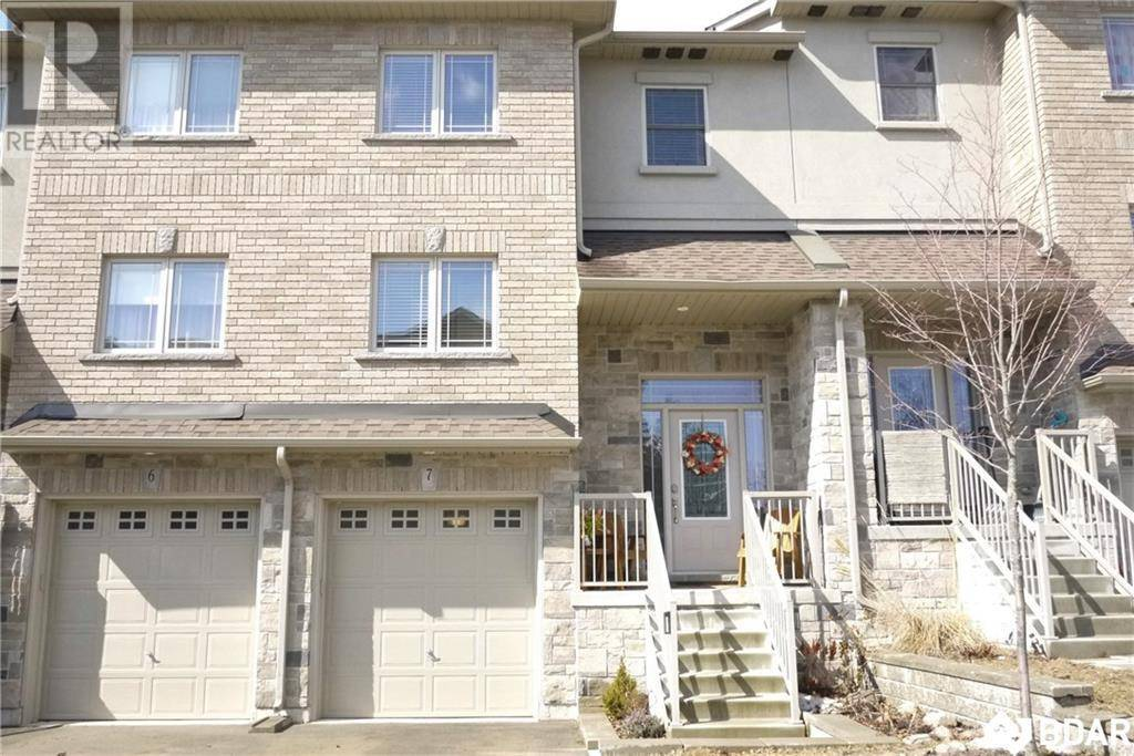 Townhouse for sale at 376 Blake St Unit 7 Barrie Ontario - MLS: 30798090
