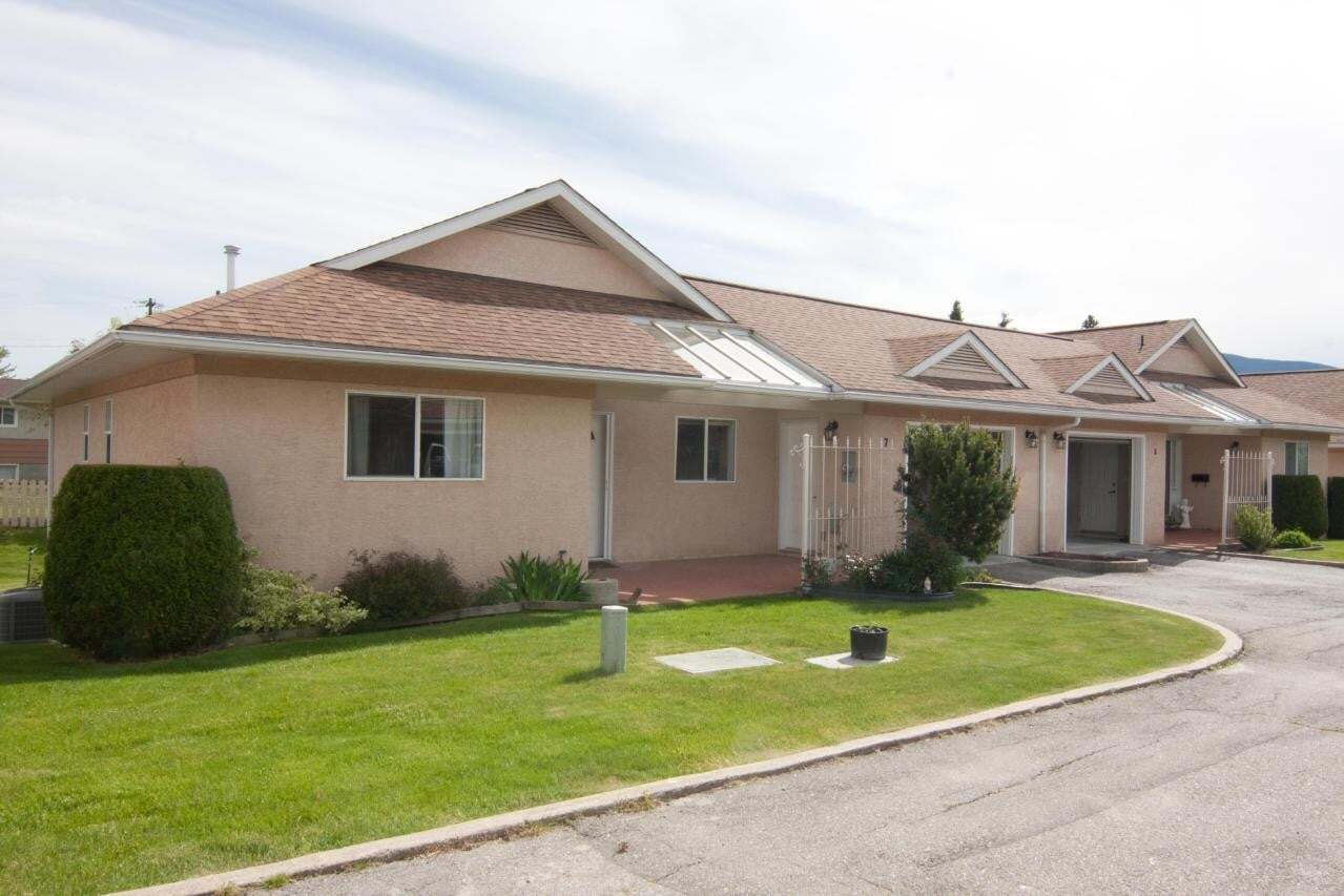 Townhouse for sale at 518 18th Avenue S  Unit 7 Creston British Columbia - MLS: 2452211