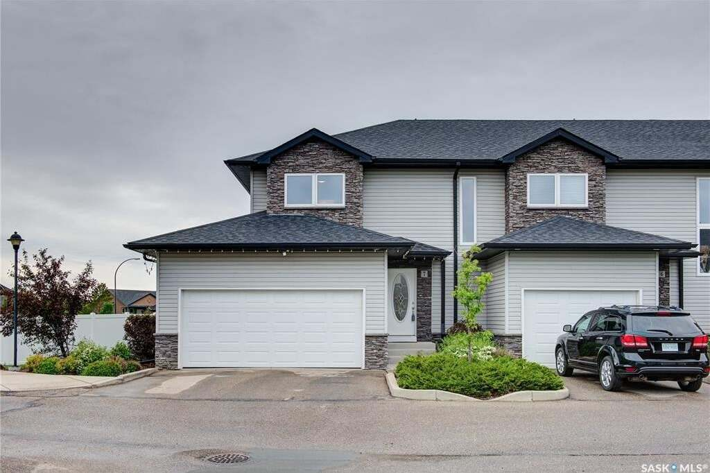 Townhouse for sale at 547 East Hampton Blvd Unit 7 Saskatoon Saskatchewan - MLS: SK813727