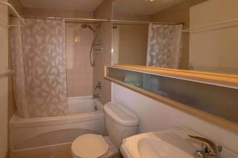 Apartment for rent at 85 Bloor St Unit 1807 Toronto Ontario - MLS: C4777240