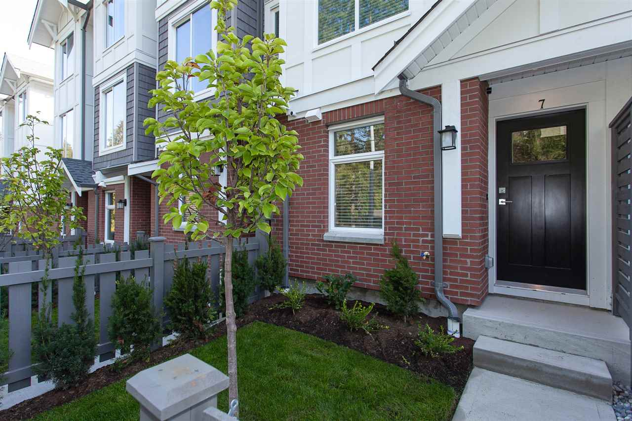 Buliding: 9718 161a Street, Surrey, BC