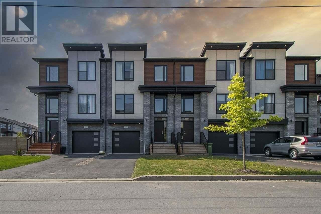 Townhouse for sale at 7 Alamir Ct Bedford Nova Scotia - MLS: 202019335